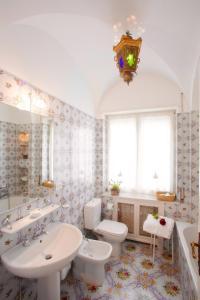 Villa Silia, Apartmanok  Capri - big - 11