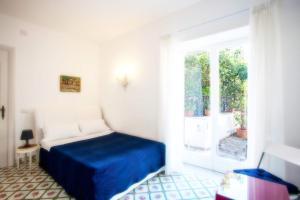 Villa Silia, Apartmanok  Capri - big - 6