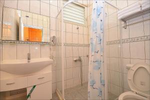 Sitou Peach Villa B&B, Отели типа «постель и завтрак»  Lugu - big - 10