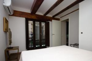 Kirei Apartment Sombrereria, Ferienwohnungen  Valencia - big - 10