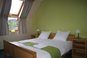 Bed and Breakfast Am Knittenberg, Penziony  Winterberg - big - 3