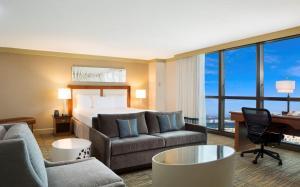 DoubleTree by Hilton Hotel Miami Airport & Convention Center, Отели  Майами - big - 8