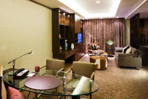 Club King Premier Suite