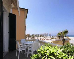Villa Liberty, Appartamenti  San Vincenzo - big - 6