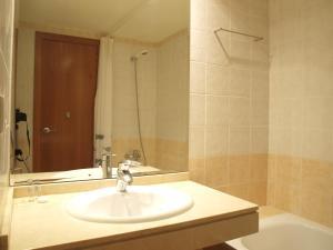 ApartUP Yellow Opera View, Апартаменты  Валенсия - big - 26