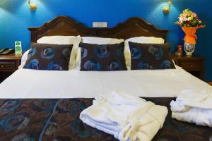 Romantic Offer Deluxe King Room