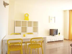 ApartUP Yellow Opera View, Апартаменты  Валенсия - big - 24