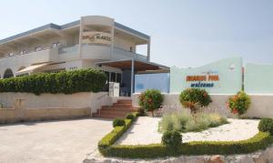 Sun Maris, Apartmanhotelek  Faliráki - big - 17