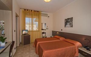 Hotel Gabrini, Szállodák  Marina di Massa - big - 17