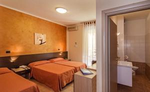 Hotel Gabrini, Szállodák  Marina di Massa - big - 16