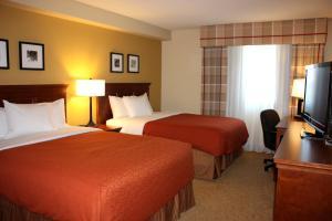 Queen Room with Two Queen Beds - Non-Smoking/Upper Floor