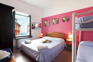 Purple, Bed and Breakfasts  Sant'Agnello - big - 9