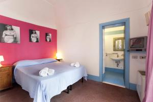 Purple, Bed and Breakfasts  Sant'Agnello - big - 13