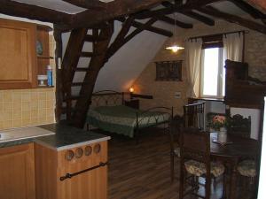 Gites des 3 Vallées, Гостевые дома  Borrèze - big - 15
