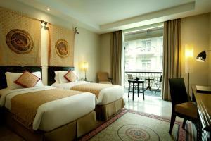 The Phoenix Hotel Yogyakarta - MGallery by Sofitel, Hotels  Yogyakarta - big - 16