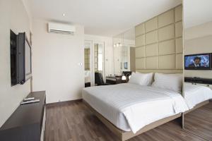 Royal One-Bedroom Suite