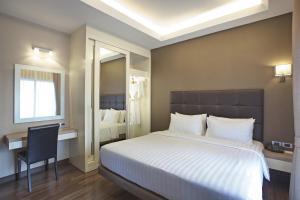 Grand Terrace Two-Bedroom Suite