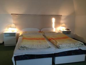 BA-S-HA Villa Panzió, Bed & Breakfast  Hévíz - big - 19