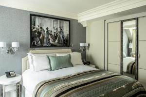 Luxury Room - 1 Queensize Bed - Twin bedded Room On Request