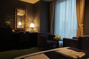 Double Room (2 Adult) - Non-Smoking