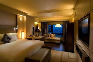 Deluxe Plus Zimmer mit Kingsize-Bett