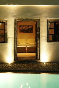 Santorini Heritage Villas, Vily  Megalokhori - big - 146