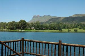 Lake Naverone Holiday Cottages, Rezorty  Drakensberg Garden - big - 41