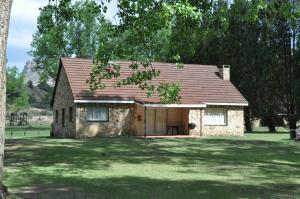 Lake Naverone Holiday Cottages, Rezorty  Drakensberg Garden - big - 2