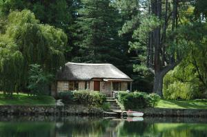 Lake Naverone Holiday Cottages, Rezorty  Drakensberg Garden - big - 3