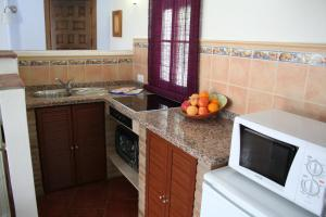 Casas Rurales Los Algarrobales, Resorts  El Gastor - big - 6