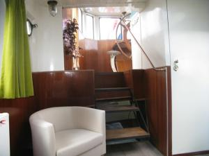 Houseboat Ms Luctor, Boote  Amsterdam - big - 37