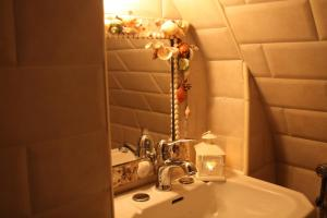 B&B Gildo Trani, Bed and Breakfasts  Trani - big - 31