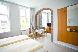 Zum Goldenen Anker, Hotel  Tönning - big - 12