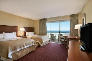 Oceanfront room with two double beds, nonsmoking