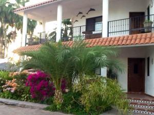 Villa Datil II by Villa Santo Niño, Appartamenti  Loreto - big - 11