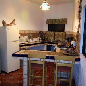 Villa Datil II by Villa Santo Niño, Appartamenti  Loreto - big - 8