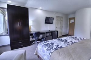 Sleep Inn & Suites Danville, Отели  Danville - big - 2