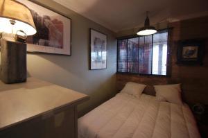 Vintage apartment, Apartmanok  Cannes - big - 14