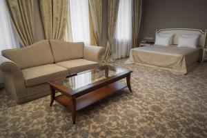 Business club hotel RAZUMOVSKY, Szállodák  Omszk - big - 45