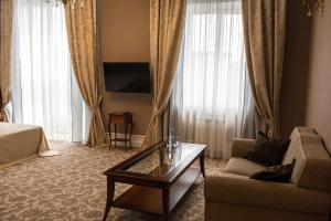 Business club hotel RAZUMOVSKY, Szállodák  Omszk - big - 31