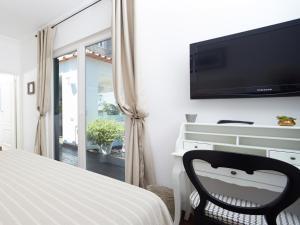 Casa Di Capri, Отели типа «постель и завтрак»  Капри - big - 5
