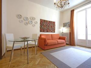 Friendly Rentals Nerino, Apartments  Milan - big - 10