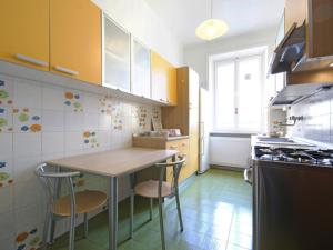 Friendly Rentals Nerino, Apartments  Milan - big - 6
