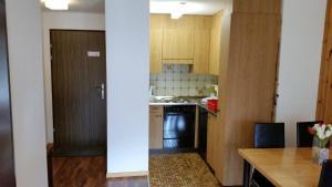 Appartements Monte Rosa, Apartmány  Täsch - big - 7