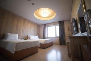Landmark Hotel, Hotely  Suwon - big - 9