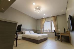 Landmark Hotel, Hotely  Suwon - big - 7