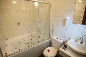 Stars - Superior Chalet with Spa Bath (2 Adults)