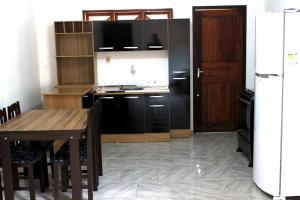 Casa Cachoeira do Bom Jesus, Apartments  Florianópolis - big - 3