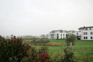 Villa Calm Sailing, Apartmanok  Börgerende-Rethwisch - big - 100