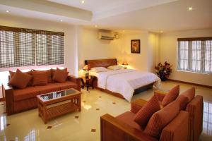 Phils' Residency & Banquets, Hotels  Cochin - big - 32